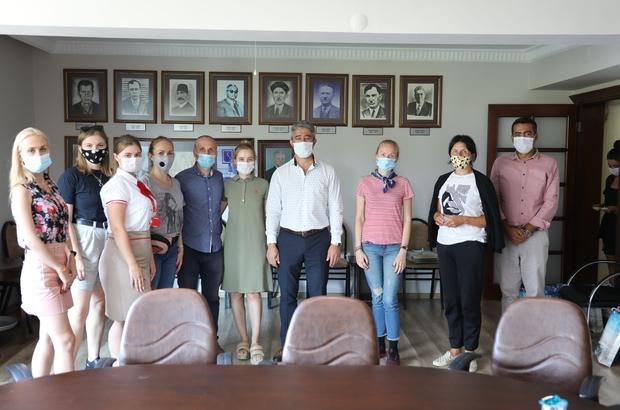 """Başkan Oktay, """"Turistlerde kurallara uymalı"""""""