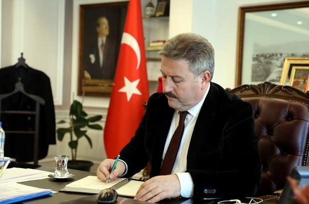 """Melikgazi Belediye Başkanı Dr. Mustafa Palancıoğlu: """"işyeri ve meskenine soyadın gibi Türkçe isim ver"""""""