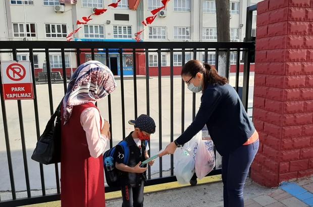 Büyükşehir, okula başlayan minikleri unutmadı