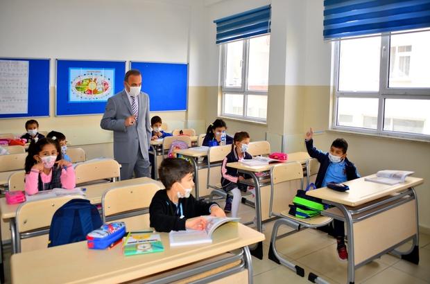 Vali Öner, İlköğretim Haftası etkinliklerine katıldı