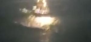 Denize açılan balıkçı tekneleri, fırtınada dev dalgaların arasında kaldı Kastamonu'da balıkçı tekneleri fırtınanın ortasında kaldı