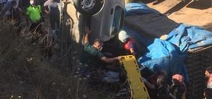 Boyabat'ta otomobil fabrika alanına uçtu: 1 yaralı
