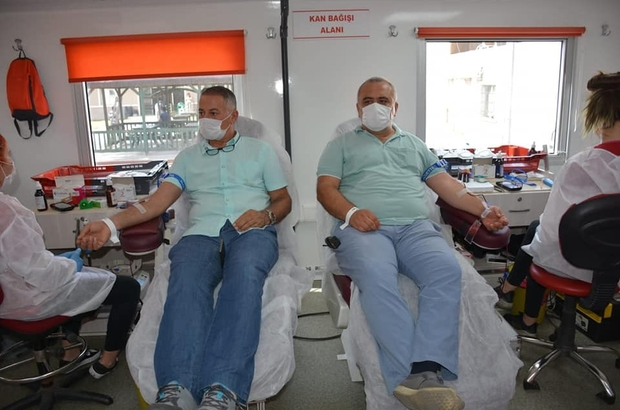 Aydın Atatürk Devlet Hastanesi personelinden kan bağışı
