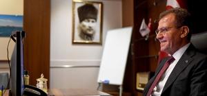 """Seçer: """"Mersin gelecek kurgulayan bir kent"""" Mersin Büyükşehir Belediye Başkanı Vahap Seçer: """"İnsanlara istihdam oluştururken bir taraftan da dar gelirlinin imdadına koştuk"""""""