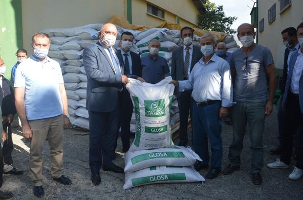 Niksar'da 350 çiftçiye sertifikalı tohum dağıtıldı