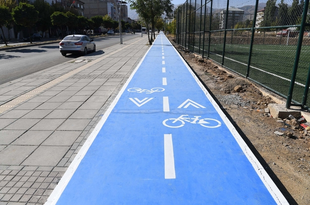 Muş Belediyesinden 2 kilometrelik bisiklet yolu