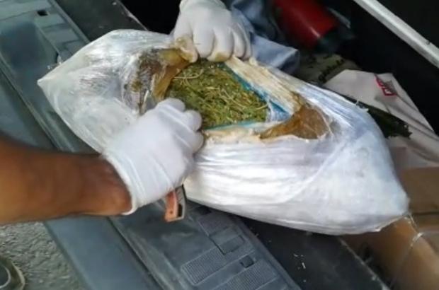 Elazığ'da kıyafete zulalanan uyuşturucu ele geçirildi,1 gözaltı