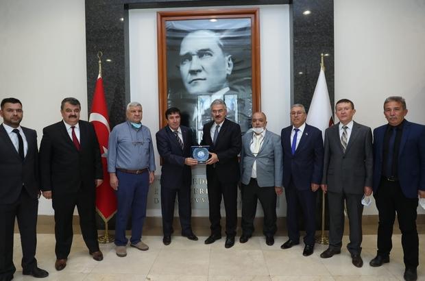 Eskişehir Kızılelma Turan Derneği'nden Vali Ayyıldız'a nezaket ziyareti ve plaket taktimi