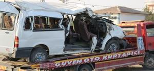 Hızını alamadı beton direğe çarptı: 2 ölü, 6'sı ağır 20 yaralı Diyarbakır'da feci kaza
