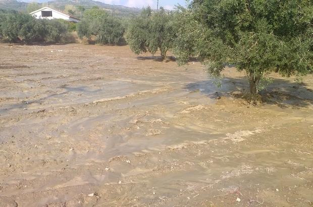 Şarköy'de hortum sonrası yaşanan selde evleri su bastı