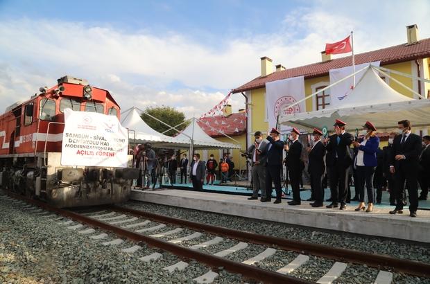 Samsun ve Sivas yeniden birbirine bağlandı Samsun-Sivas demiryolu hattı modernizasyon projesi tamamlandı, açılışı gerçekleşen projede yük treni Yıldızeli ilçesinden Samsun iline uğurlandı