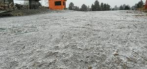 Sarıkamış'a mevsimin ilk karı yağdı