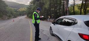 Adana'da emniyet kemeri takmayan sürücülere para cezası