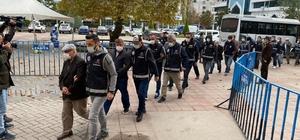 Ordu merkezli yürütülen kaçakçılık operasyonunda zanlılar adliyeye sevk edildi 6 farklı ilde düzenlenen operasyon kapsamında gözaltına alınan şüphelilerden 13'ü adliyeye sevk edildi