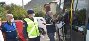 Bozyazı'da jandarma okul servis araçlarını denetledi