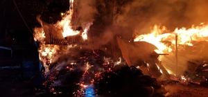3 ambar, bir ahırın yandığı köyde yangın evlere sıçramadan söndürüldü