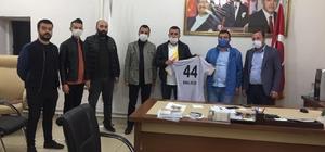 Malatyaspor Derebeyleri Taraftarlar Derneği'nden teşekkür ziyaretleri