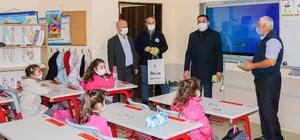 Çocukların ilk kitapları başkan Erdoğan'dan
