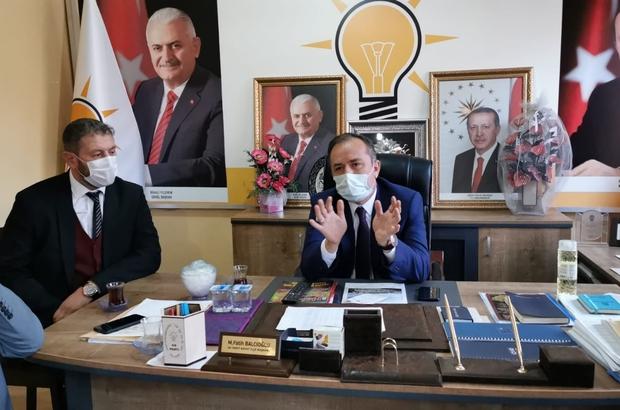 """Ceylan'dan Bayat teşkilatına ziyaret AK Parti Çorum milletvekili ve MKYK Üyesi Ahmet Sami Ceylan; """"Bayat'ta halkımızın talep ettiği her hizmeti gerçekleştirdik"""""""