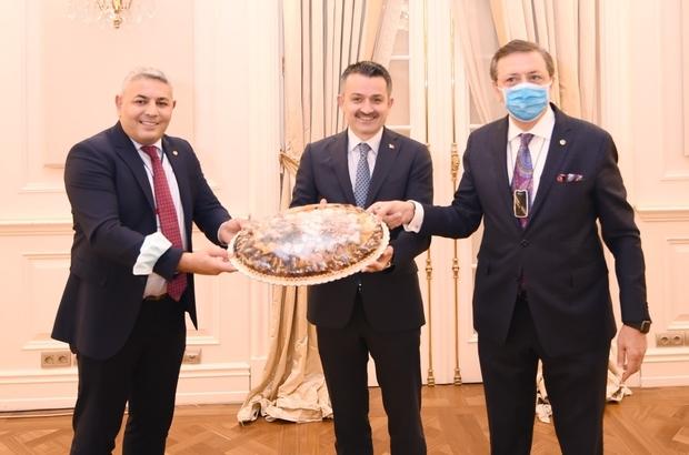 Sadıkoğlu, Tarım Bakanı ile bir araya geldi