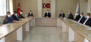 Kaymakam Türkmen okul müdürleri ile bir araya geldi