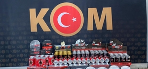 İzmir'de cinsel içerikli ürün ve uyuşturucu operasyonu