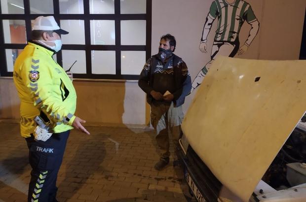 Bu sürücüye ne sorulsa yok dedi, polis de 6 bin 79 TL ceza kesti Ehliyeti, araç sigortası ve belgesi olmayan kişi cezaları yemekten kurtulamadı