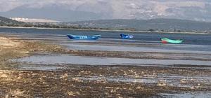 """Eğirdir Gölü ikiye bölünmeyle karşı karşıya Dr. Erol Kesici: """"Göl korunmazsa yakın zamanda parçalanabilir"""""""
