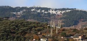 Madran Dağı'na yılın ilk karı düştü
