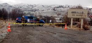 Sivas'ta iki köyde Covid-19 karantinası Sivas'ın Divriği ilçesinde bulunan Gedikbaşı ve Arıkbaşı köyleri Covid-19 tedbirleri kapsamında 7 gün süreyle karantina altına alındı.