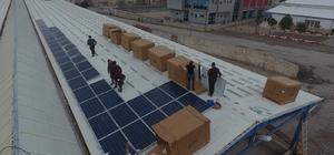 Kapalı pazaryerini güneş enerji santraline çevirdiler Sandıklı Belediyesi 'güneş' sayesinde yıllık 100 bin TL kar edecek