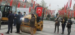 Manyas'ta 2 iş makinası törenle hizmete girdi