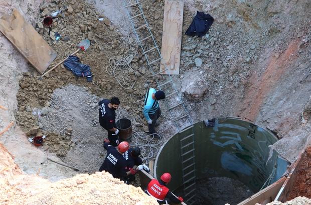 Su kuyusu açan 2 işçi toprak altında kaldı, kurtarma çalışması sürüyor