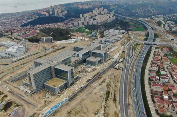 Dev projede sona yaklaşılıyor Günde 15 bin hastanın hizmet alacağı Kocaeli Şehir Hastanesi'nde çalışmalar 2021'de bitecek