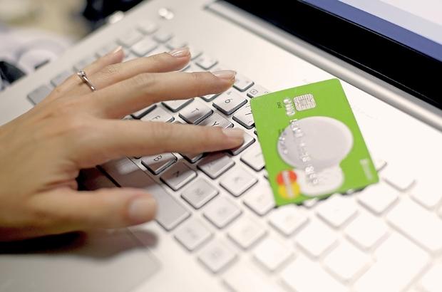 İnternetten alışverişlerde tüketicilere açık rıza şartı uyarısı