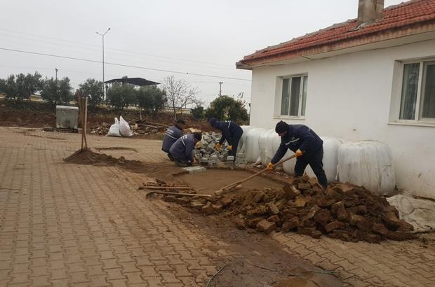Salihli Belediye ekipleri, dağ bayır çalışıyor