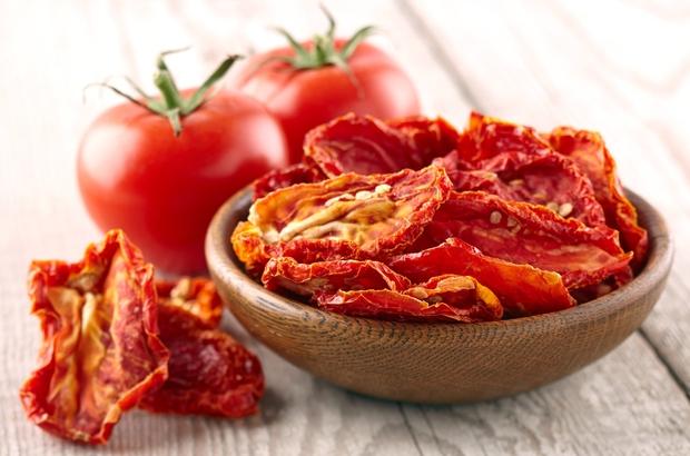 Ege Bölgesi'nden yaş meyve sebze ve mamulleri ihracatında 54 yıllık rekor Rusya'ya domates ihracatında kota 250 bin tona çıkıyor