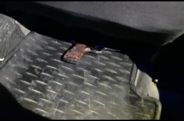 Taksiyle geldi çevirmeye takılınca silahı koltuk altına bıraktı Kısıtlamada Kütahya-Bursa yolculuğu karakolda bitti