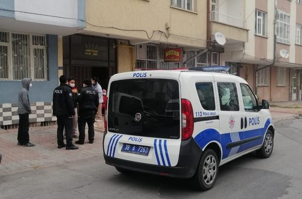 Çalamadan yakalandı Kayseri'de hırsızlık yaptığı iddia edilen şahıs bina sakinleri tarafından yakalandı