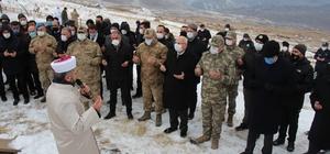 'Allahuekber Şehitleri' anıldı Erzurum'un Şenkaya ilçesi Gaziler Mahallesi'nde tören düzenlendi