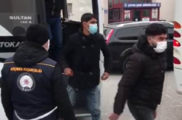 Konya'da kaçak göçmenler ve organizatör polise yakalandı