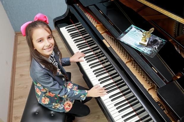 Müziğin altın çocuğu ödüle doymuyor Çınara'ya pandemide ikinci ödül