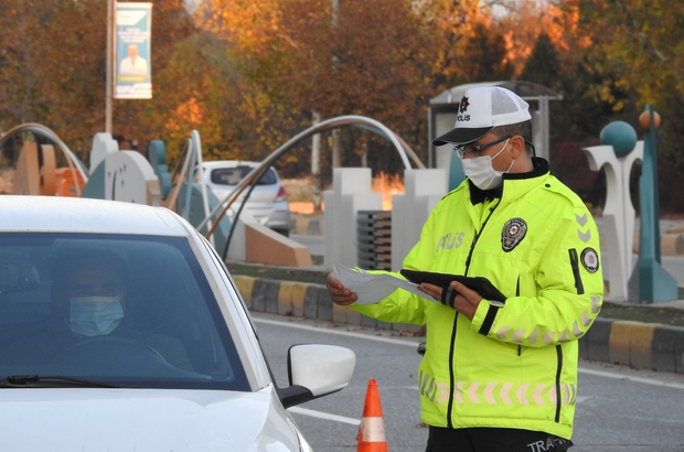 Trafik kurallarına uymayan 580 sürücüye ceza kesildi
