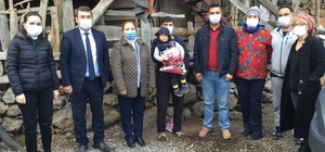 Seyhan Belediyesi'nden yurt yangını mağdurlarına yardım Giyecek, gıda, kırtasiye ve oyuncaklar ailelere teslim edildi