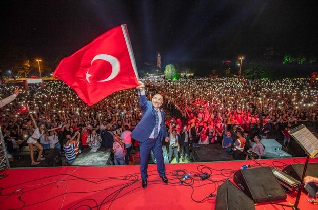 İzmir Büyükşehir Belediyesinden 100. Yıl Marşı için yarışma