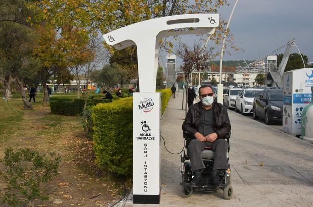 Aliağa'da akülü sandalye şarj istasyonları hizmette