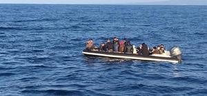 Mersin açıklarında lastik bot içerisinde 15 düzensiz göçmen yakalandı