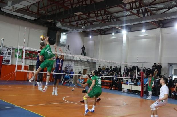 Cizre Belediyesi erkek voleybol takımı ilk yarıyı namağlup tamamladı