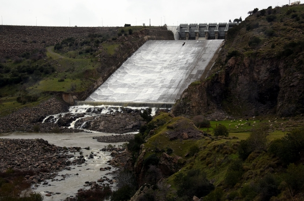 Aliağa Güzelhisar Barajı alarm veriyor