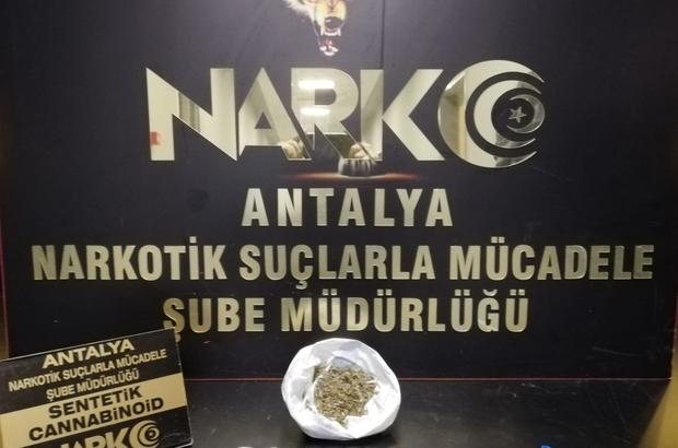 Antalya'da uyuşturucu operasyonu: 1 tutuklama 69 adet 920 kullanımlık ve daralı 20 gram bonzai ele geçirildi
